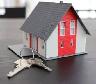 Samochody, domy i wiele innych rzeczy kupicie w maju od komornika. Mamy listę!