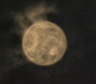 Inowrocław. Pierwsza wiosenna Pełnia Księżyca w 2021 roku. Zdjęcia