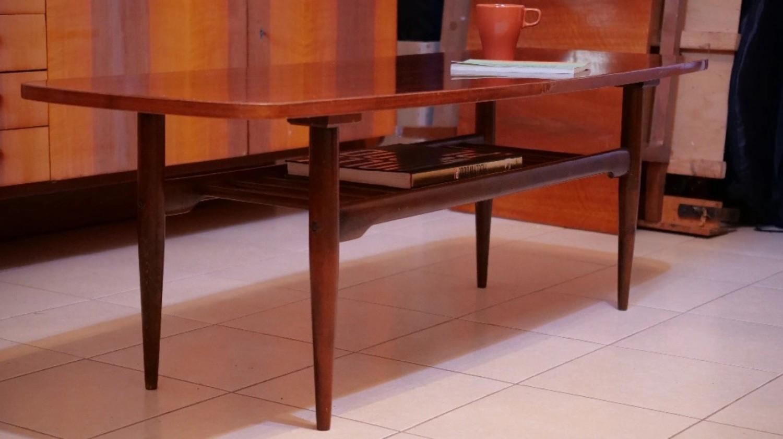 Stolik jamnikByć może Wasze ciocie albo babcie nadal serwują kawę przy stoliku typu jamnik