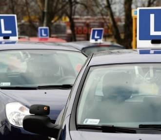 Test na nowe prawo jazdy 2018. Odpowiesz na te 12 pytań? [QUIZ]