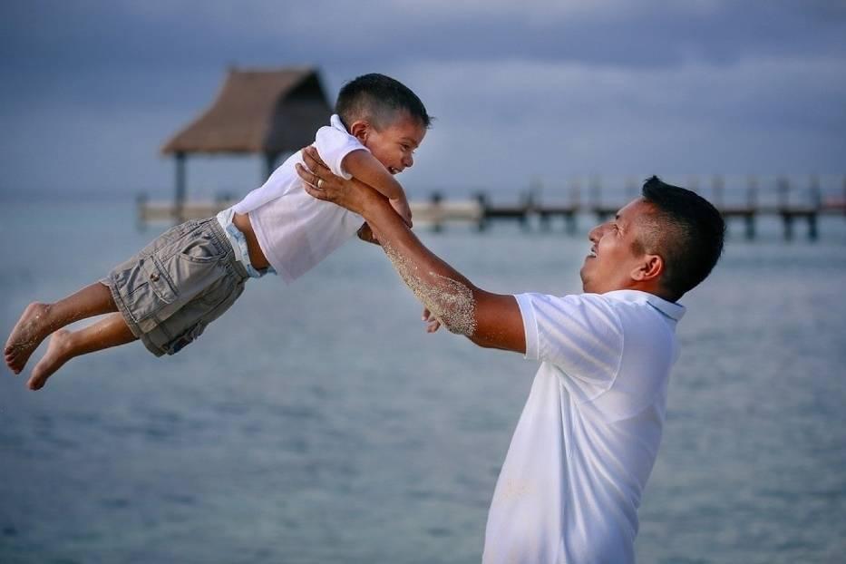Nie wszyscy rodzice wiedzą, że nawet zwykłe kołysanie dziecka w wózku może wywołać u niego uszkodzenia mózgu