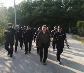 Dziesiątki policjantów na terenie Puszczy Noteckiej - trwa obława