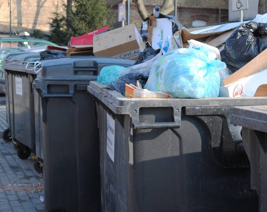 Mieszkańcy gminy Świebodzin powinni zmienić deklarację śmieciową w urzędzie miejskim