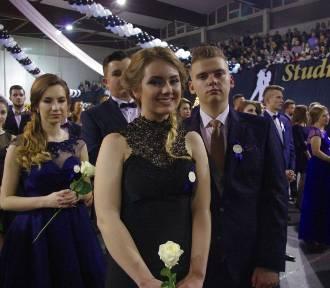 Studniówki 2016 w Zamościu: III LO zakończyło sezon na bale maturalne. ZDJĘCIA, VIDEO