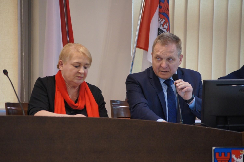 Sesja rady powiatu radomszczańskiego (20.11.2019)