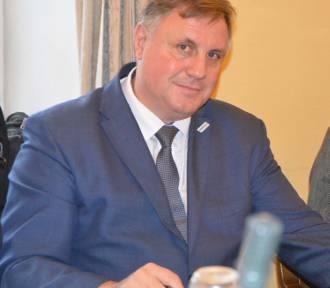 PCPR w Łowiczu pozyskał prawie 1,6 mln zł na pomoc dla rodzin zastępczych