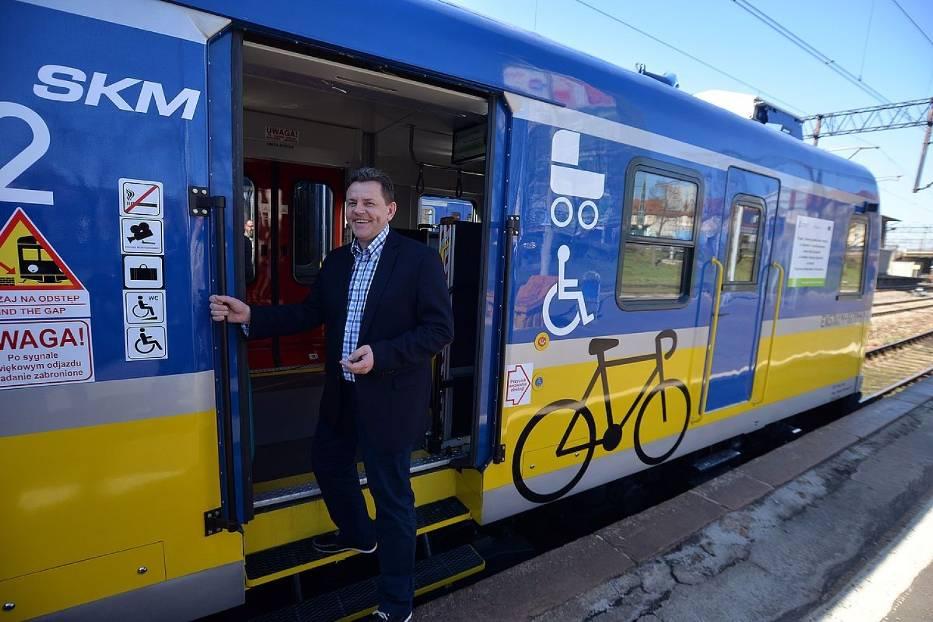 SKM Trójmiasto zaprezentowała pierwszy pociąg ...
