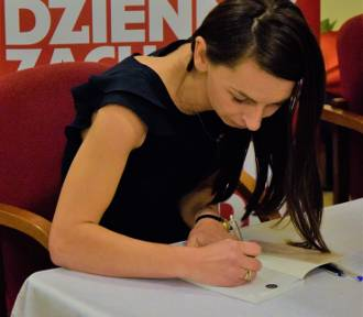 """""""Kobiety ze Śląska"""", w piątek w Rudach miała miejsce premiera książki Kasi Siwczyk, blogerki i"""