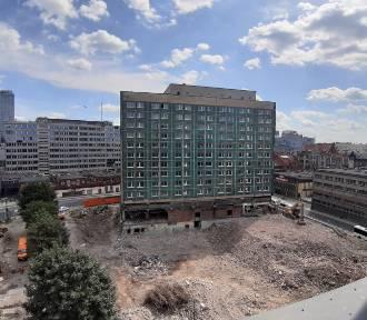Rozbiórka hotelu Silesia nabrała tempa ZDJĘCIA