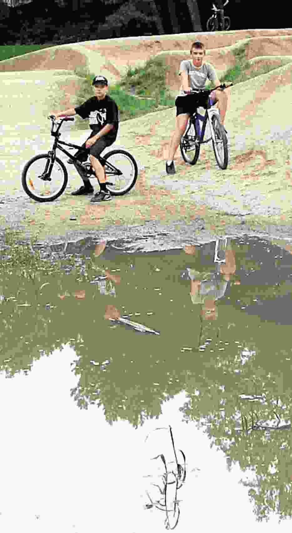 Tak wygląda tor rowerowy w parku Poniatowskiego