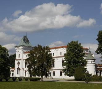Renesansowy zamek w Przecławiu został wystawiony na sprzedaż