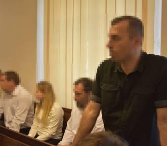 """Wodzisław: """"Mam prawo czcić Hitlera połowicznie"""". Ruszył proces oskarżonych o zorganizowanie"""