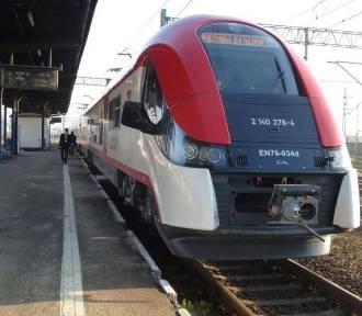 Zakażona podróżowała Gniezno-Poznań Główny. Pociąg dalej jechał do Zbąszynka