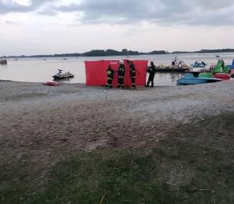 Tragedia na plaży w Skorzęcinie - nie żyje inowrocławianin