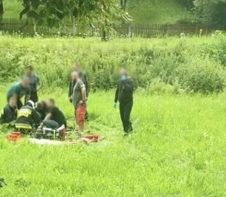Wypadek motocyklisty w Żegiestowie. Mężczyzna z obrażeniami trafił do szpitala
