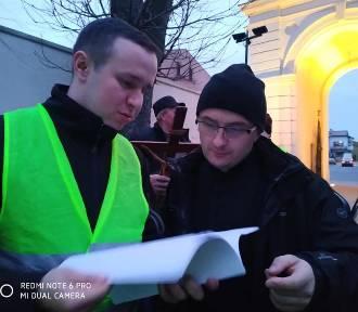 Ekstremalna Droga Krzyżowa w Uniejowie (ZDJĘCIA i FILMY)