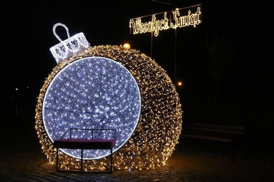 Starachowice po raz kolejny najpiękniej świątecznie oświetlonym miastem w Świętokrzyskiem! Zobaczcie zdjęcia