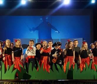 """Festiwal Teatrów Przedszkolnych w Chodzieży """"Bajkowa scena"""" odbył się już po raz czwarty (FOTO)"""