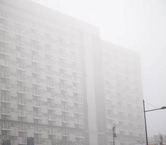 Smog w Warszawie. Powstała mapa miejskich kopciuchów. Wiemy, które dzielnice trują stolicę najbardziej