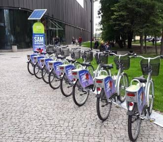 Przy Supersamie otwarto stację rowerową ZDJĘCIA