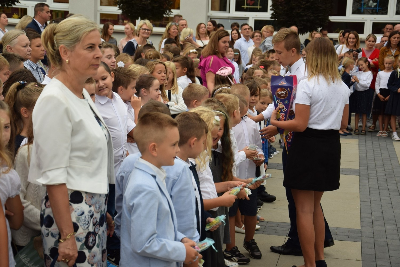 Rozpoczęcie roku szkolnego w PSP nr 15 w Kędzierzynie-Koźlu
