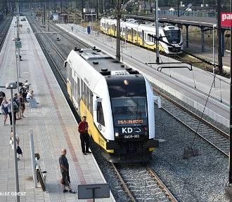 Wznowiony zostaje ruch pociągów na całej linii nr 286 Kłodzko Główne - Wałbrzych Główny
