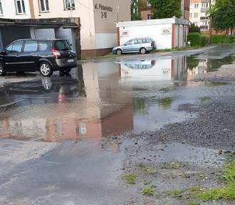 Ulewa nad Głogowem. Woda na podwórkach i ulicach