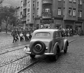 Daszyńskiego na archiwalnych zdjęciach! Zobacz jak ta główna ulica zmieniała się przez lata!