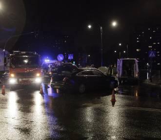 Wypadek na Wólczańskiej w Łodzi. Ranna pasażerka taksówki