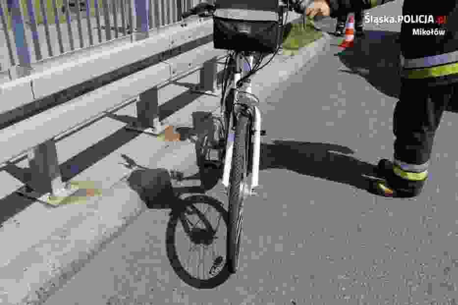Wypadek na DK81: fiat ducato potrącił 64-letniego rowerzystę