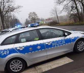 Wypadek w Łasku na drodze wojewódzkiej