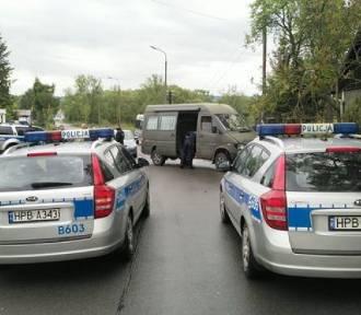 Staranował radiowóz, uderzył w latarnię, podniósł rękę na policjanta