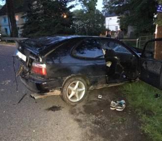 Groźny wypadek pod Lwówkiem Śląskim! Trzy osoby ranne! Potrzebny był helikopter [ZDJĘCIA/WIDEO]