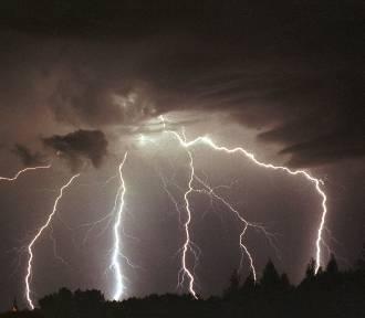 Ostrzeżenie pogodowe: Nad Wielkopolskę nadciąga silny burzowy front!