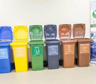 Segregacja śmieci. Warszawa wesprze potrzebujących. Zapłacą nawet połowę mniej