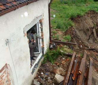 To była okropna katastrofa! Dom w Szprotawie zawisł w powietrzu nad przepaścią!