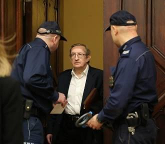 Wrocław. Józef Pinior przed sądem. Dlaczego część jego procesu będzie tajna?
