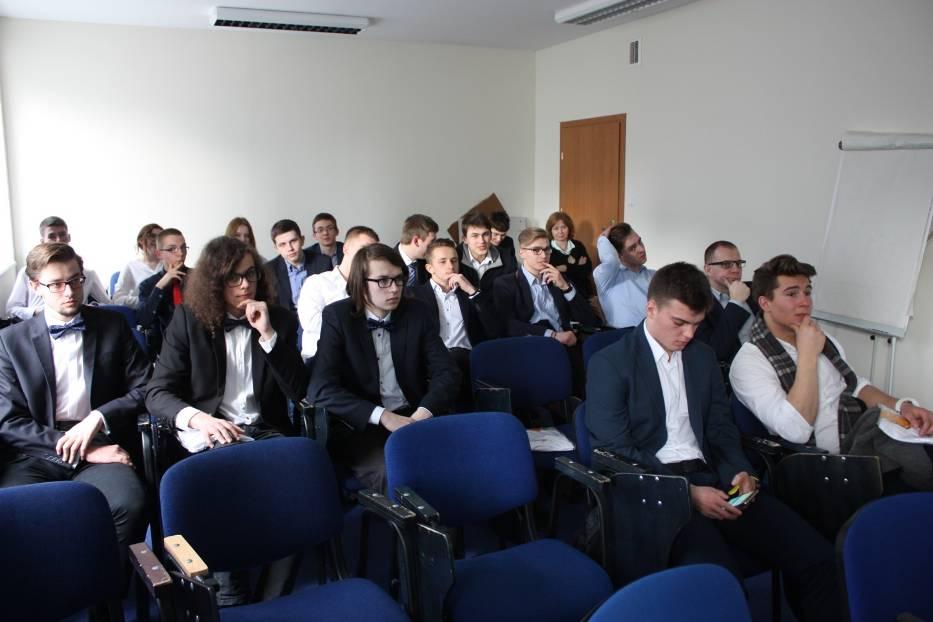 Konkurs High School Business Challenge – zarejestruj się już dziś i wygraj 10 tysięcy złotych!