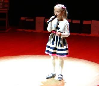 II Festiwal Poezji i Pieśni Patriotycznej w Zduńskiej Woli [zdjęcia i wyniki]