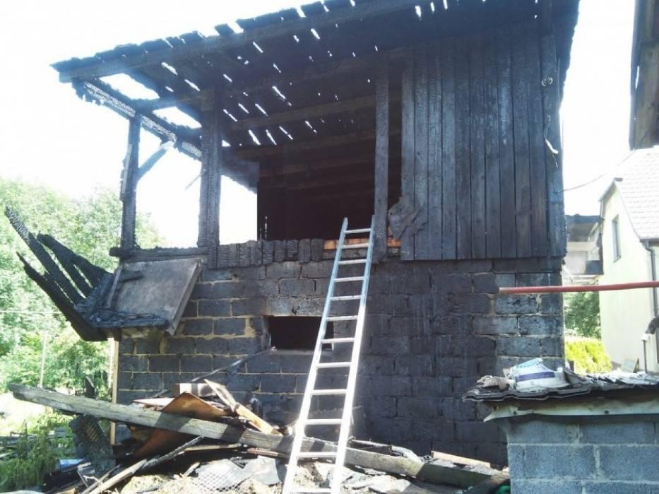 Pożar budynku gospodarczego w Golasowicach