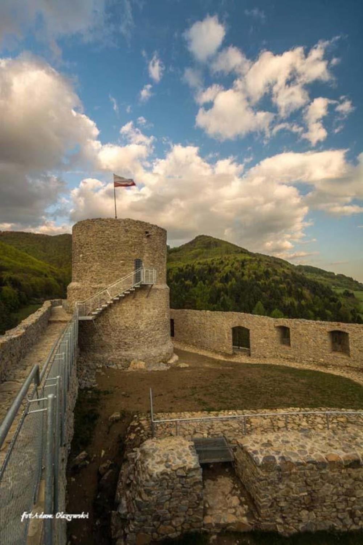 Trasa ze Starego Sącza do Moszczenicy NiżnejMożna zacząć wycieczkę od podziwiani miejskiej zabudowy, Klasztoru Klarysek