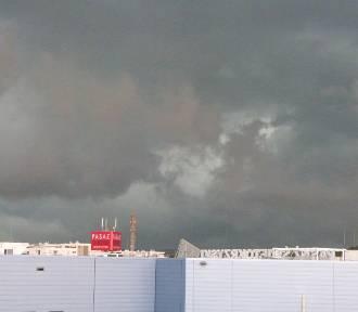Burze i błyskawice nad Kielcami. Zdjęcia czytelników