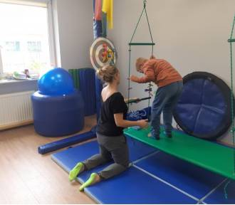 Nowoczesna sala w PCPR pomaga dzieciom z trudnościami