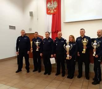 Sylwester Grzelak z Komendy Powiatowej Policji w Sieradzu Dzielnicowym Roku 2019 [FOTO]