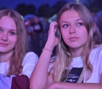 Festiwal Sari 2018: Miuosh gwiazdą pierwszego dnia, pod sceną sporo fanów [ZOBACZCIE ZDJĘCIA]