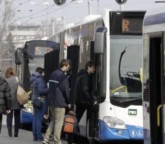 Bez większych awantur o miejsca w autobusach i trolejbusach w Gdyni