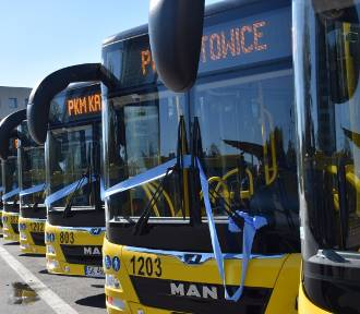 PKM odebrał 15 nowych autobusów. Wszystkie są z klimatyzacją