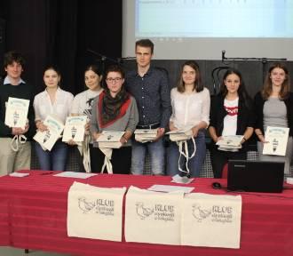 Drużyna z I LO najlepsza w Gnieźnieńskim Turnieju Książkożerców