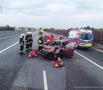 Groźny wypadek na A2. Autostrada w kierunku Poznania nieprzejezdna