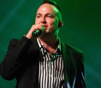 Ten Typ Mes, Rasmentalism, Flirtini Live w Warszawie. Artyści rozgrzali publikę na Białołęce